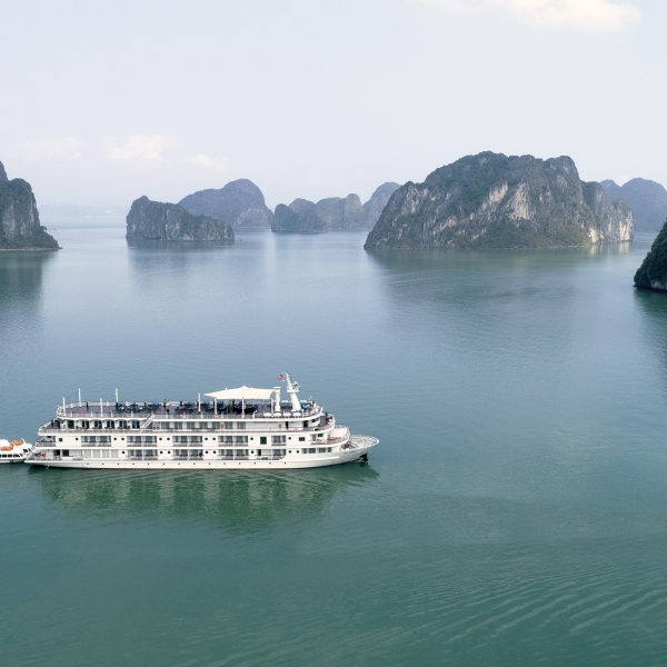 Paradise Grand Cruises, Lan Ha Bay